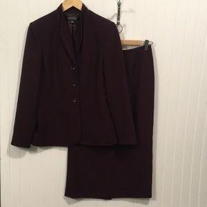 Kasper burgundy suit set
